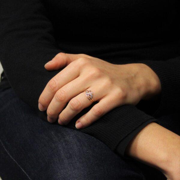 anello oro e pavè diamanti