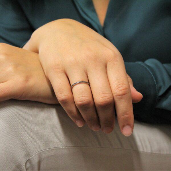 anello girodito diamanti neri