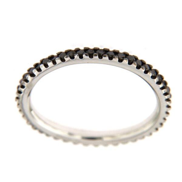 anello eternity con diamanti neri